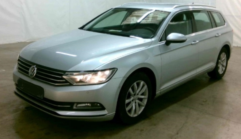 Volkswagen PASSAT SW 1.6 TDI 120CH BLUEMOTION TECHNOLOGY CONFORTLINE BUSINESS Diesel GRIS CLAIR METAL Occasion à vendre