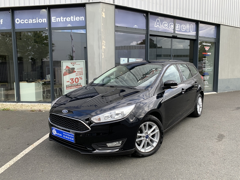 Ford FOCUS SW 1.0 ECOBOOST 125CH STOP&START TREND + Essence NOIR SHADOW Occasion à vendre